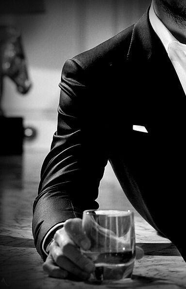 photo profil homme noir et blanc